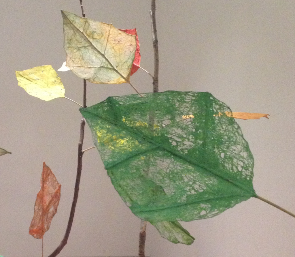 paper art green leaf